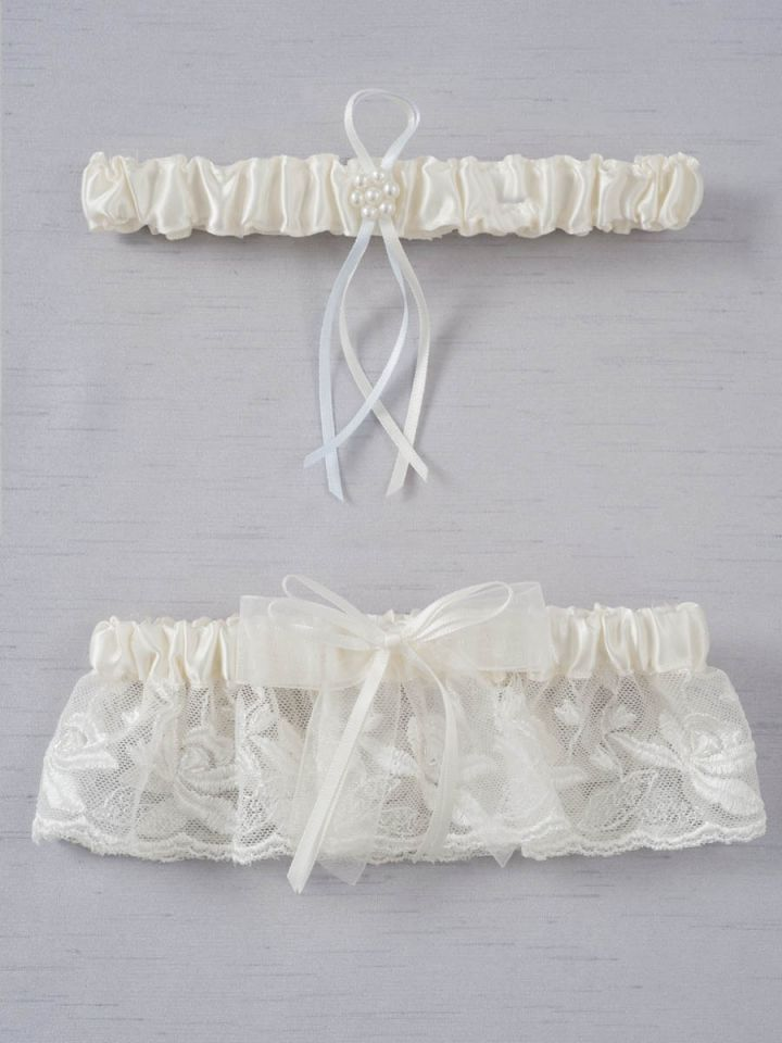 Everything You Need to Know About Wedding Garters!. Desktop Image